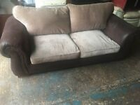 Gorgeous Leather and fabric sofa CHESTERFIELD LOOK