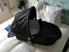 Apple to Pear Carrycot and raincover