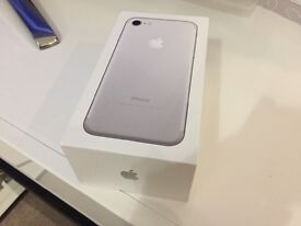New Apple iPhone 7 - White/Silver 32gb - Sealed In Box