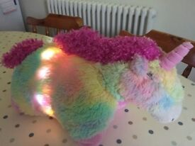 Pillow Pet light up Unicorn