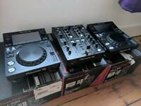 Pioneer XDJ 700 x2 + Pioneer DJM 450 decks and mixer boxed with receipt & warranty djm450 xdj700