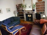 Large Double Room in a Spacious Flat in Centre of Twickenham 165 pw