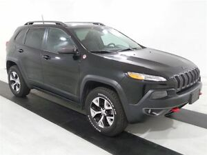 2016 Jeep Cherokee Trailhawk 4X4 *PANOROOF/V6*