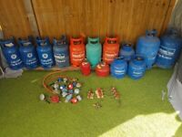 Gas bottles / cylinders, regulators, distributor valves 1,2,3,4 ways.