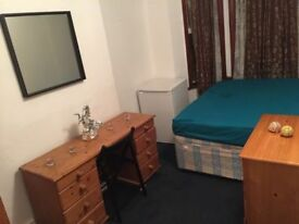 TWO AMAZING ROOMS AVAILABLE NOW IN DOLLIS HILL AREA