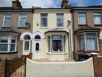 FOR SALE - 3 BED MID-TERRACE HOUSE - CROSS LANE EAST, GRAVESEND, KENT - GP: £325,000 - £345,000