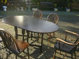 VINTAGE DUAL DROP LEAF ~ GATE LEG TABLE & 5 WHEELBACK/SPINDLE BACK CHAIRS. VIEW/DELIVERY POSSIBLE