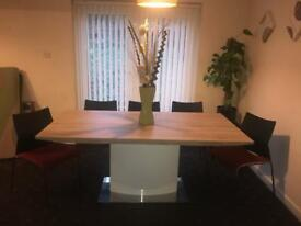 Dining table with 6/8 chairs