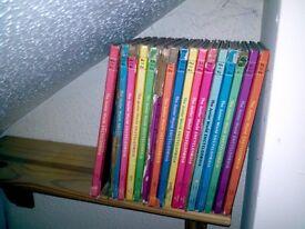 Junior World Encylopaedia Set