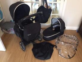 Baby style Oyster 2 travel system pushchair buggy black Colour Pack With Carrycot And Accessories