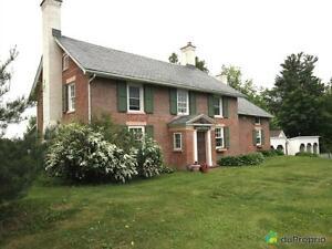 475 000$ - Maison 2 étages à vendre à Cowansville