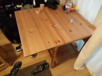 Ikea extendable table with 2 chairs