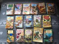 Set of 16 Discworld Novels