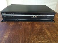 LCD Sony Bravia DVD Player and Hard Drive + manual + remote control