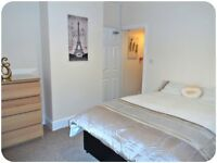 Newly Renovated Double En-Suite Rooms! Close to Doncaster Town Centre!