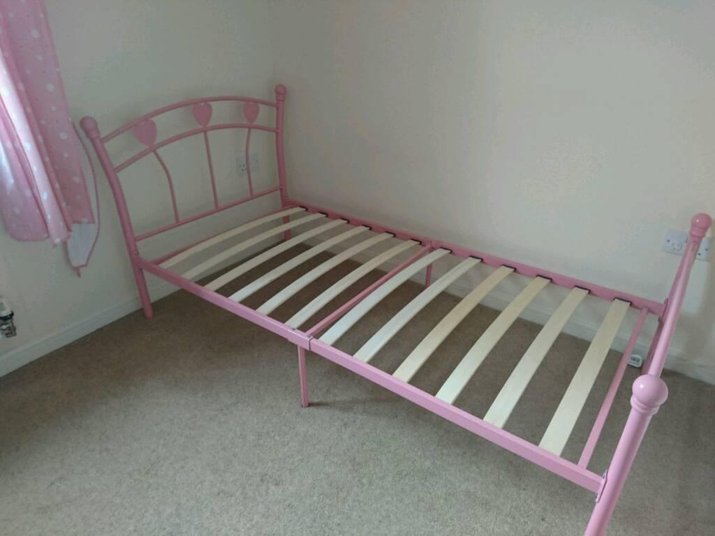 Little Girls Pink Jemima Metal Single 30 Ft Bed Frame Hearts