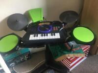 Drum and keyboard kids