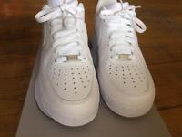 Air Force 1 (size 8)