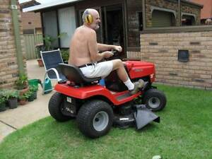 ROVER CLIPPER 40 INCH CUT WIDTH RIDE ON LAWN MOWER North Nowra Nowra-Bomaderry Preview