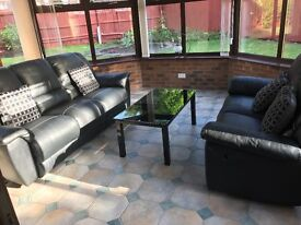 Immaculate Leather Recliner Sofa suite (3seater & 2 seater), armchair & table