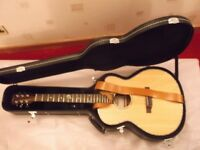 Finlayson 000CE2 Solid Bodied Electro-Acoustic Guitar with hard case Tuner on board