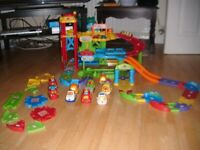 VTech Toot Toot Garage, Extra Track and 9 Vehicles!
