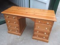 8 DRAWER PINE DESK