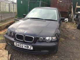 BMW 3 series black compact breaking for parts / spares