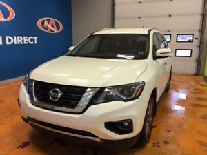 2017 Nissan Pathfinder SV 4WD! BACK-UP CAM! 7 PASS!!