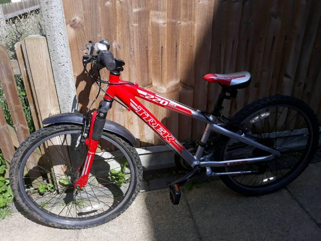 """Bike Trek MT Track 220 Boy's 24"""""""