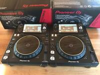 2x Pioneer XDJ 1000 MK2 Decks - Brand new - Boxed