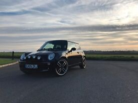 Mini One R50 black, One off extremely clean car!