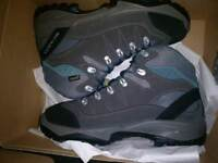 Gortex hiking boots