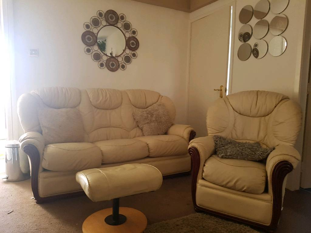 3 Seater Leather Sofa Two Chairs And A Footstool In Perth  ~ Leather Sofa And Two Chairs