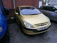 Peugeot 307 1.4 petrol 650£