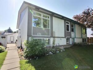 $226,500 - Semi-detached for sale in River East