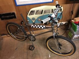 Bmx old skool very rare puch track invader