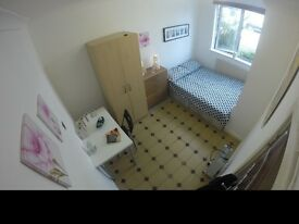 ***DOUBLE ROOM IN MODERN LOCATION***