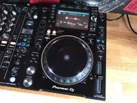 1x Pioneer CDJ 2000 NXS2 DJ Deck - Fully Boxed - Mint Condition ( Cdj 2000 Nexus 2 Djm 900 )
