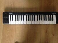 Midi Keyboard Controller - ION 49 Key - Hardly Used
