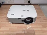 NEC NP1000 PROJECTOR in very good condition