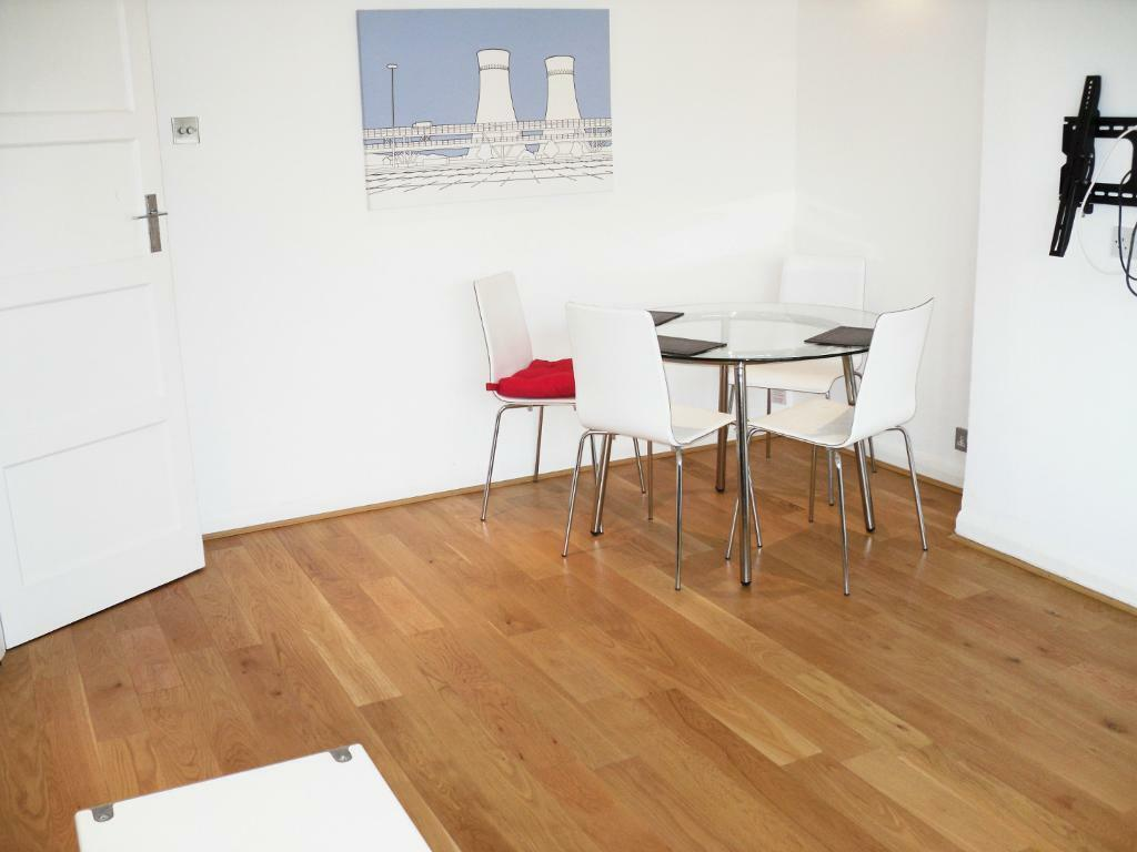 A lovely 2 bed flat for Rent in North London / North Finchley for £311 per week