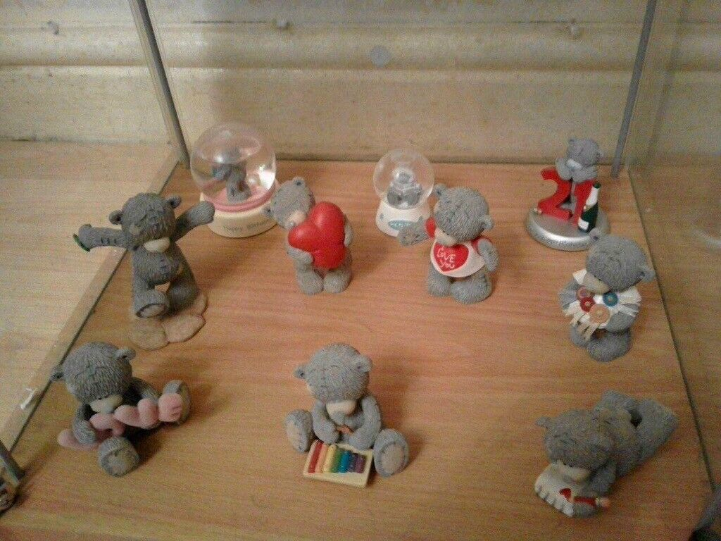 30 me to you, tatty teddy figurines with free display cabinet