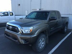 2013 Toyota Tacoma ONE OWNER+SERVICED HERE!
