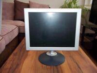 Vizitron 15 inch computer monitor
