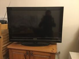Toshiba 32 inch flat Screen TV to sale