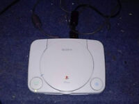 Sony Playstation 1 Console (White) - Controller, 2* Power Leads, 2* AV Component Leads.