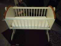 Rocking crib REDUCED PRICE*******