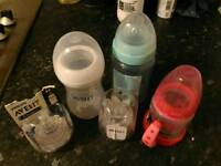 Avent philip bottle with unpacked set of teats
