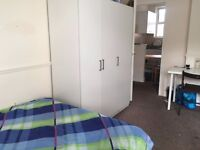BEDSIT IN Shared room Twin room size 100pw NO FEE